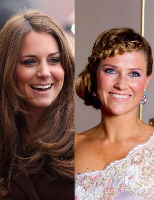 Her er de kongeliges hemmelige identiter