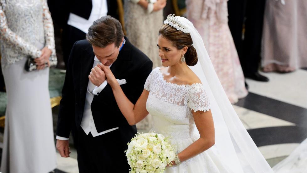 SA JA: Prinsesse Madeleine og Chris O'neill har gitt hverandre sitt ja. Foto: AFP PHOTO / FREDRIK SANDBERG / SCANPIX Sweden/ POOL