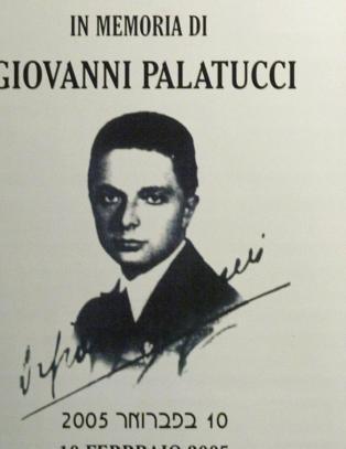 Italiensk politisjef skulle ha reddet fire ganger s� mange j�der som Schindler. S� begynte forskere � bla i gamle dokumenter.
