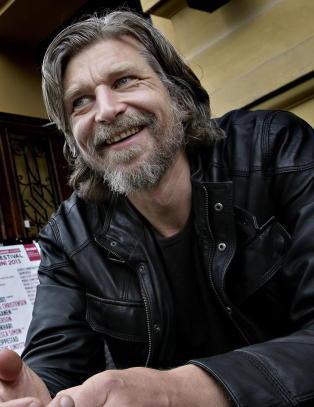 Knausg�rd og Nesb� nominert til prestisjefylt litteraturpris