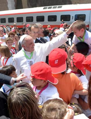 Paven utvider straffansvaret for barnemishandling