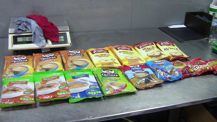 GJEMT I MAT: Politiet skal ha funnet 11 kilo kokain i embalasje for mat. Foto: AP Photo/NTB Scanpix