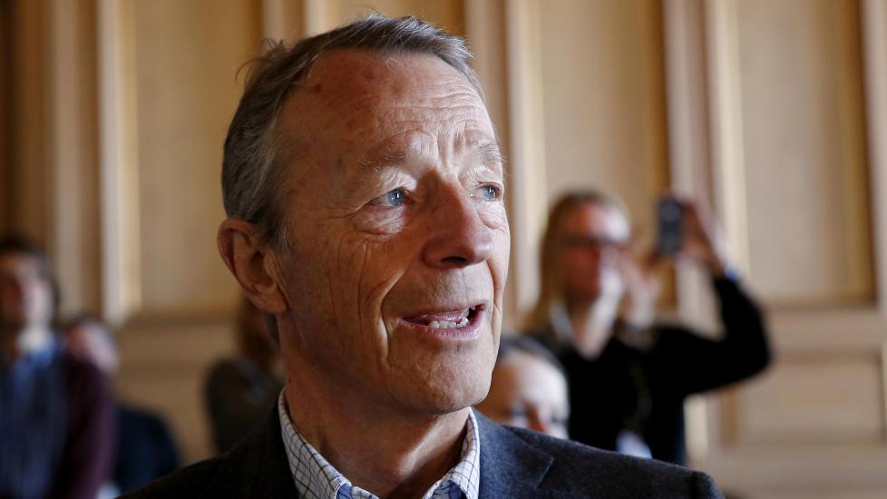 AVVENTER:  Gerhard Heiberg skal i m�te med resten av IOC om et par dager, og vil forel�pig ikke kommentere Trine Skei Grandes utspill ved Dagbladets valgbod tidligere i dag.   Foto: Erlend Aas / NTB scanpix