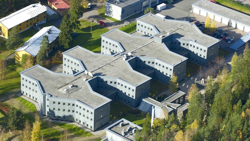 HOVEDKVARTER: Ogs� 12. august gjennomf�rte EOS-utvalget et uanmeldt tilsyn mot E-tjenesten, i det velkjente hovedkvarteret p� Lutvann i Oslo.