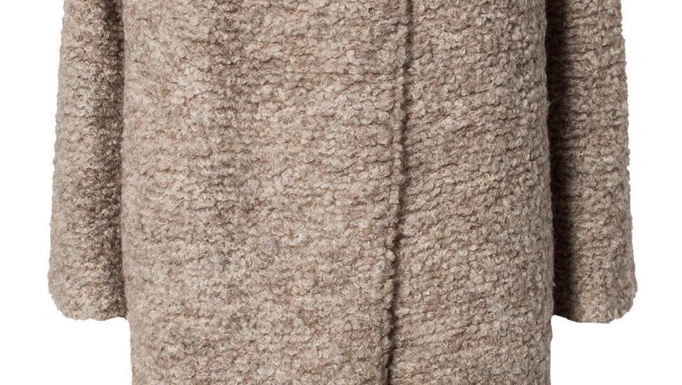 IT-GENSEREN: Høstens mest populære genser kommer fra det danske merket By Malene Birger, og koster kr 3199. Foto: Produsenten