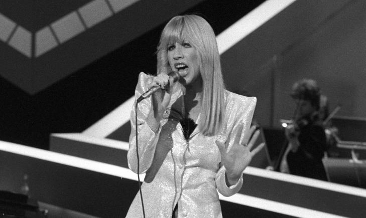 MGP 1980: Her synger Alex i den norske Melodi Gand Prix-finalen med sitt bidrag «Univers», som kom på en tredje plass.   Foto: Paul Owesen / NTB scanpix