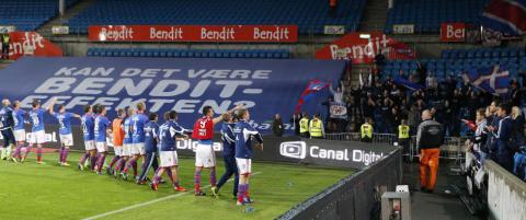 Her takker V�lerenga-spillerne ultras-grupperingene for kampen mot Brann