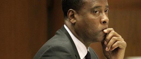 Drapsd�mt lege gr�t av glede da Jackson-familien tapte rettssaken