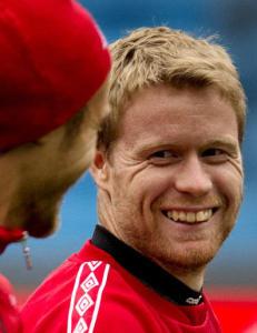 Islands superstjerne hyller H�gli f�r Norge-m�tet
