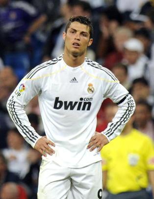 H�gli refser Ronaldo: - Han burde sagt noen ord. I stedet ble han sur og gikk