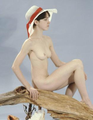 Her er de mye omtalte nakenbildene av Madonna