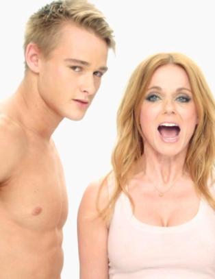 Eks-�Spice Girl� gj�r som Miley Cyrus i sexy musikkvideo