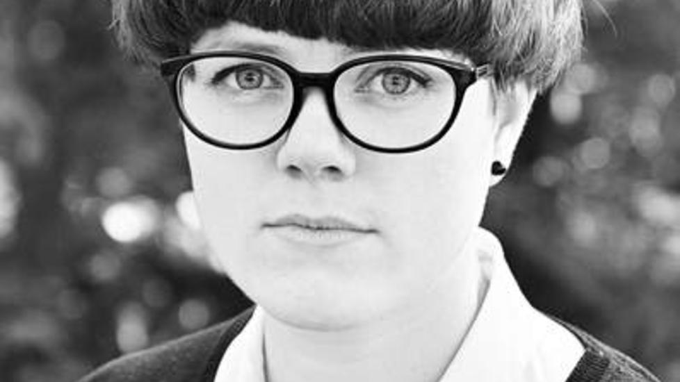 Lovende debutant Frøydis Sollid Simonsen debuterer med en moden og poetisk bok. Til daglig studerer tegneserier ved høyskolen i Malmö.      Foto: Nedim Husic