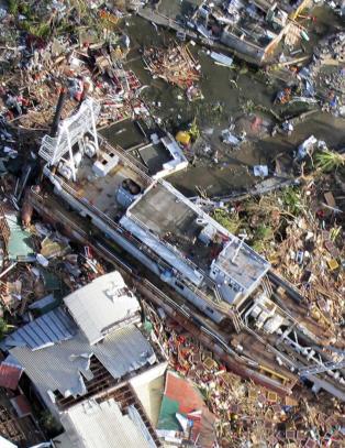 FN: 4660 er drept av tyfonen