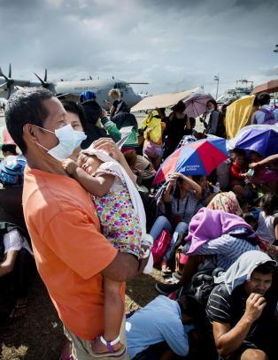 Regjeringen gir ytterligere 140 millioner til Filippinene