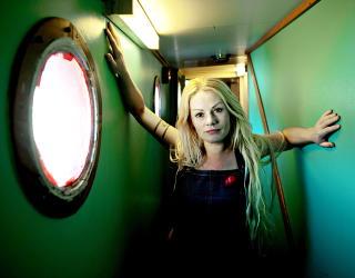 BJ�RVIKA 2010:  Unni Wilhelmsen er blant artisene som har opptr�dt p� MS Innvik. FOTO: LARS EIVIND BONES/DAGBLADET.