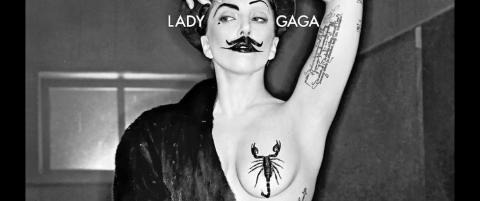 Lady Gaga viser alt p� magasinforside