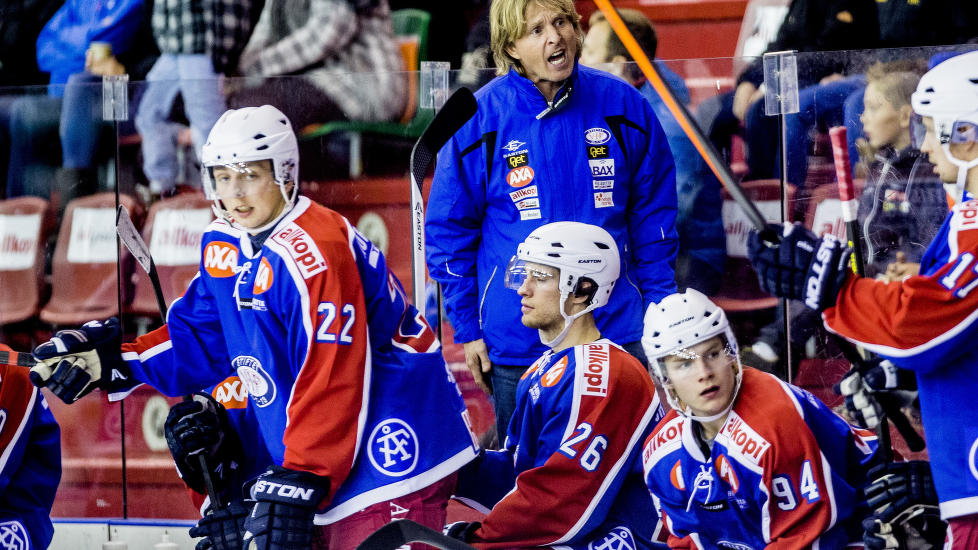 KAN F� PLASS I KHL: Hvis alt g�r etter planen, og partene blir enig, kan V�lerenga allerede fra neste sesong ha et lag i KHL.  Foto: Stian Lysberg Solum / NTB Scanpix