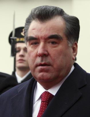Da tysk politi begynte jakten p� de 200 stj�lne luksusbilene, ledet sporene helt til Tajikistans president