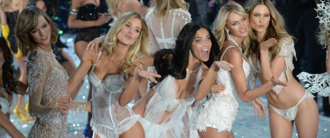 Victoria's Secret-modellene pr�ver seg p� twerking