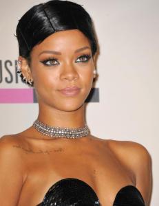 Rihanna og Bruno Mars er p� pirat-toppen