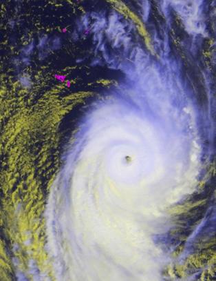 Store �deleggelser etter tyfon p� Tonga
