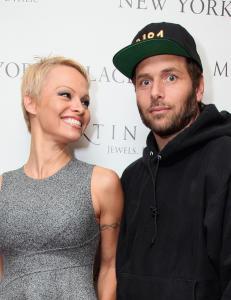 Pamela Anderson har giftet seg for fjerde gang