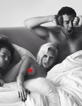 Miley naken med to modeller