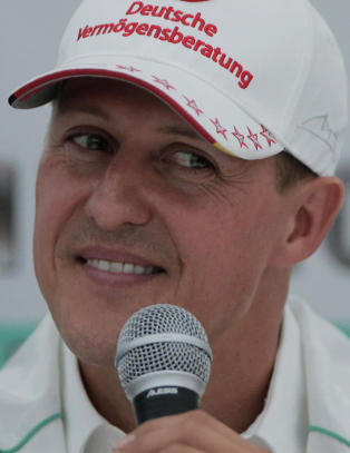 Nekter � r�pe om Schumacher har lungebetennelse
