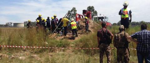 - 200 personer fanget i kollapset gullgruve