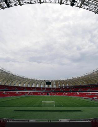170 000 mennesker skal passe p� sikkerheten under fotball-VM i Brasil