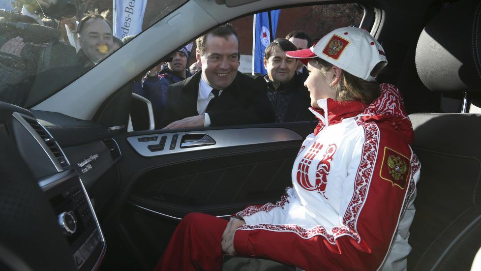 De russiske OL-vinnerne heftig belønnet.