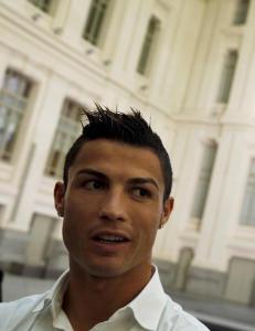 Amerikaner saks�ker Cristiano Ronaldo - driver et merke kalt �CR7� i USA