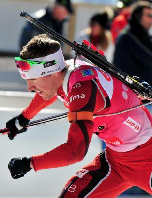 Hegle Svendsen skj�t vekk seieren da Ferry sjokkerte igjen