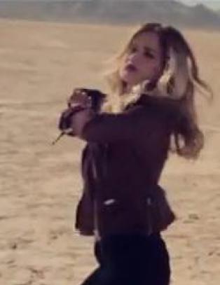 Se Sandra Lyng pr�ve seg p� twerking i ny musikkvideo