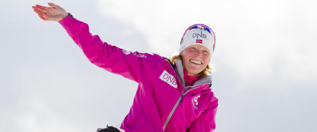 Tora Berger avsluttet skiskytterkarrieren med stafettgull