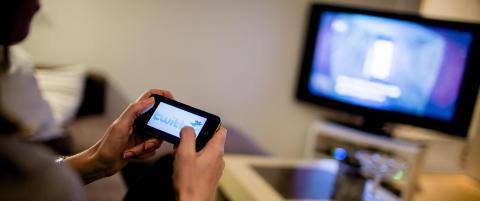 To av tre nordmenn bruker sosiale medier hver dag
