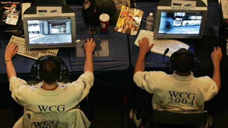 UNREAL TOURNAMENT: Hyperion �nsket � lage en konkurranse basert p� Unreal tournament, men ta skytespillet ut av datamaskinen og utstyre spillerne med lekev�pen og konkurrere i �virkeligheten�. Her fra Unreal tournament i San Francisco i 2004. Foto: REUTERS / Kimberly White / NTB scanpix