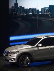 Jakter Porsche, BMW og Mercedes etter milliontyveri i Drammen