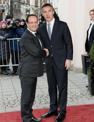 Stoltenberg i �jobbintervju� hos Frankrikes Hollande