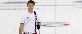 De norske curlinggutta briljerer på vanskelig is i VM