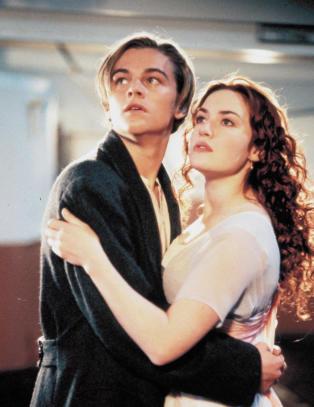 Derfor nekter hun � signere �Titanic�-nakenbildet