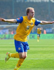 Nielsen scoret i livsviktig Braunschweig-seier
