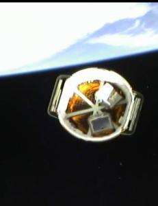 �Dragon�-fart�yet kopler til romstasjon etter eksperimentell og risikabel oppskyting