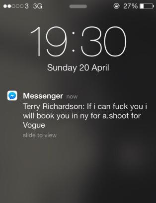 Hevder kjendisfotograf ba om sex mot Vogue-fotografering