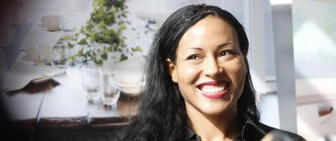 Cecilia Br�khus blir sin egen promotor