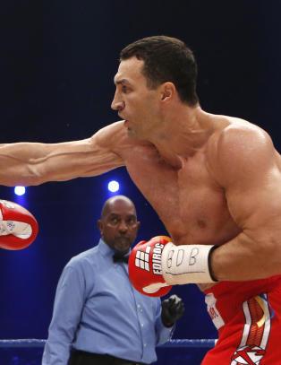 Klitsjko forsvarte VM-beltene sine etter knockout-seier