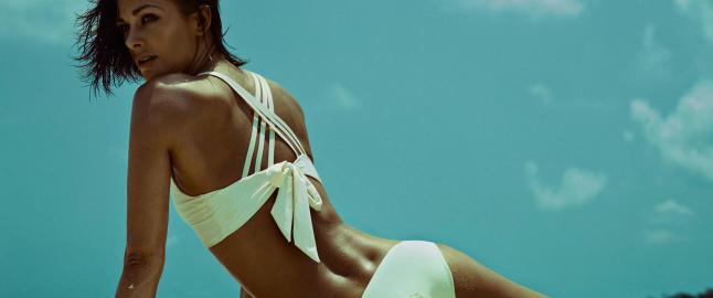 N� lanserer Jenny Skavlan sin egen bikinikolleksjon