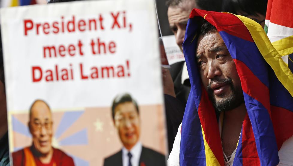 Kina mener at landet er i ferd med å vinne Vesten over på sin side i Tibet-spørsmålet. Den norske regjeringen bidrar til «seieren».