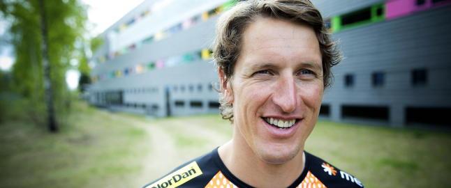 Mens han gikk rundt i OL-byen bestemte Lars Berger seg for � satse p� langrenn